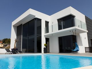 Villa with panoramic pool! Luxury and Comfort