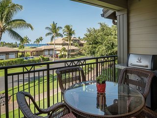 Embrace Space! 2-Levels w/Kitchen, Laundry, Lanai, WiFi, AC+TVs–Hali`i Kai