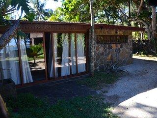 A private cosy villa on the beachfront