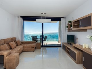 Holiday rent with sea a in a luxury residential complex Sea Senses , Punta Prima