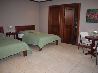 Spring Bedrooms Habitación #2
