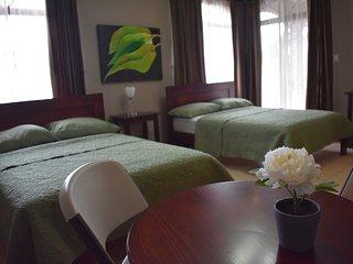 Spring Bedrooms Habitación #4