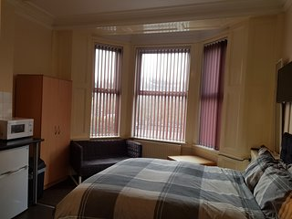Studio Apartment 1 Close To Newcastle Town/ Hospital