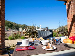 Collesano Holiday Home Sleeps 3 with Pool and Air Con - 5676989