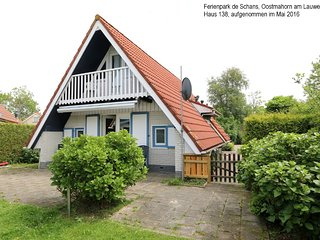 6 pers. holiday home Claudia near Wadden Sea Friesland