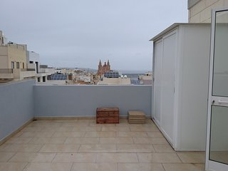 Seaview Penthouse in the heart of mellieha