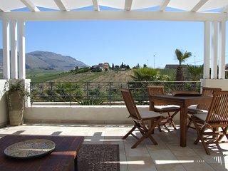 Exclusive Villa 250 sqm for 6-8 guests