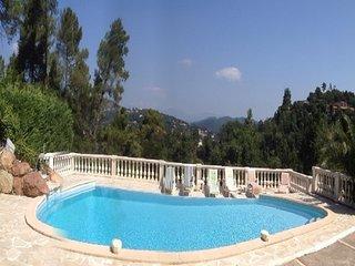 Belle Villa De Charme 280m2-piscine & Jardin Prives - 4 Grandes Chambres Doubles