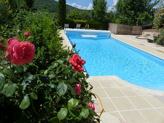 Venterol Apartment Sleeps 4 with Pool and Free WiFi - 5628129