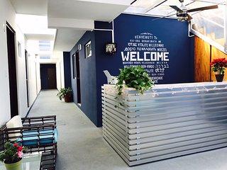Aquamarina Economy Studio