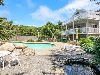 Luxe 4BR w/ Pool, Fire Pit, 2 Decks & Private Cove Access