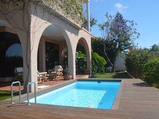 Villa Jacaranda+free Wifi+pool+bbq