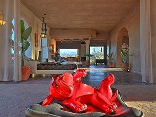 Villa suites spacieuses, terrasses & piscine vue sur l'Atlas pour grands groupes