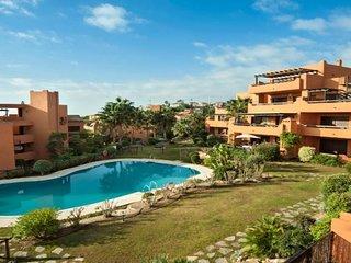 Apartamento con vista al mar, piscina, terraza, a/c, Wi-Fi