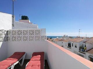 Cálido y luminoso apartamento cerca de la playa y del centro