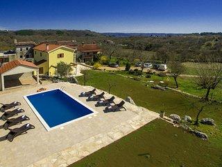 4 bedroom Villa in Makovci, Istria, Croatia : ref 5607418