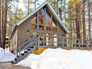 Rancho Pines Summit I Mid Century + Mod Rustic Cabin For Rent Big Bear Lake