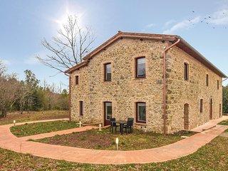 5 bedroom Villa in Fontalcinaldo, Tuscany, Italy : ref 5607208