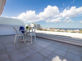 Green Bay Penthouse 1