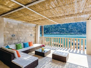 3 bedroom Villa in Dracevo Selo, Dubrovacko-Neretvanska Zupanija, Croatia : ref