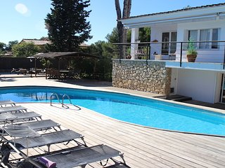 Villa Mercuri, large villa with private pool in quiet area