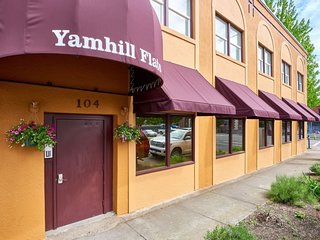 Yamhill Flats: Suite 1