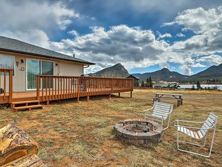NEW! Refurbished Home w/Views - Walk to Lake Estes