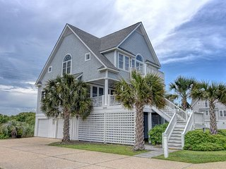 Island Drive 4348 Oceanfront-B Lot! | Internet, Community Pool, Hot Tub, Jacuzzi