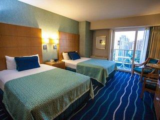 Ala Moana Condo City View Double Beds 9-12