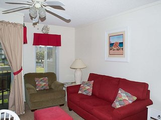 Oceanside Condo with family friendly amenities!