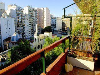 Spacious and Luminous 3 Bedroom Apartment in Recoleta