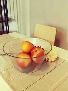 Comedor. Se dejará fruta para los huéspedes, para su primer día.