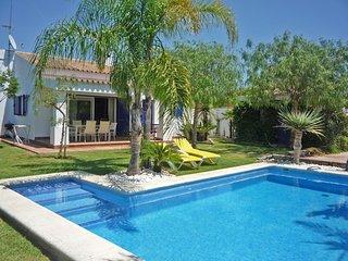 Estupenda villa rural con piscina privada, cerca de la playa. Conil