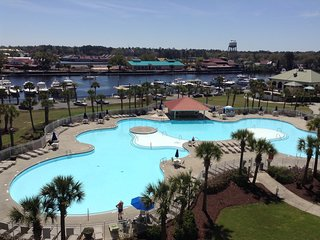 NT603 Barefoot Resort, 3bd 3bth, Salt Water Pool/Waterway Views