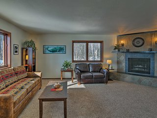 NEW! Central Wasilla House w/Fire Pit & Mtn Views!