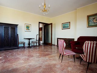 15 mins to Venice, 100sqm House &  80sqm Terrace with Amazing View!