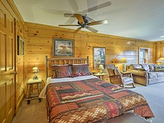 Pigeon Forge Resort Studio Cabin Mins to Dollywood
