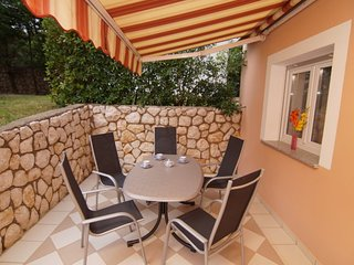 Apartment 4 *** 2-3 Persons ***