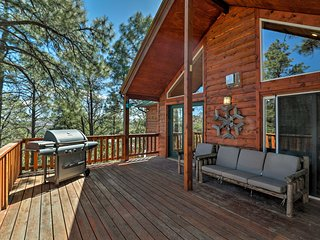 NEW! 'High Lonesome' Ruidoso Home w/Hot Tub & Deck