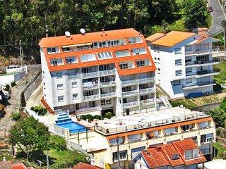 Ref. 11970 Apartamento con vistas y piscina cerca de Sanxenxo