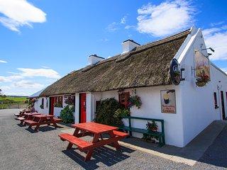 Late Availability - 2km to Sea and Pub/Restaurant at The Landmark Aughris Sligo