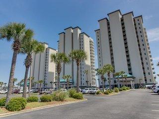 Sunny & bright, waterfront condo w/ Gulf views plus shared pool & hot tub