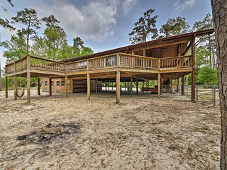 NEW! Log Cabin w/ Deck & Views on Village Creek!