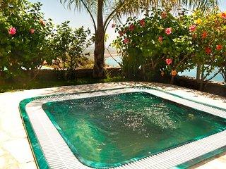 Villa La Raijana: perfect location for large groups with outdoor bar &big garden
