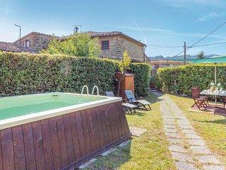 3 bedroom Villa in Corsanico-Bargecchia, Tuscany, Italy : ref 5535396