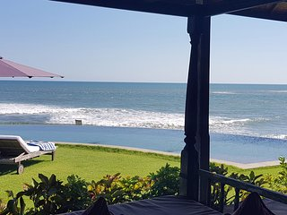 Bali Seseh Beach Villa Ocean: amazing beachfront !