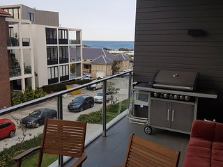 Great Location Ocean view in Sydney close to airport and city