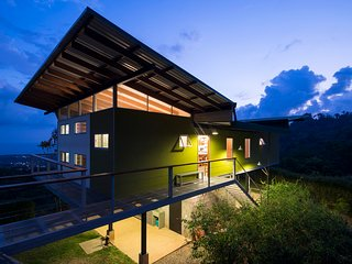 Eco Retreat - Ultimate Privacy - Oceanview, River