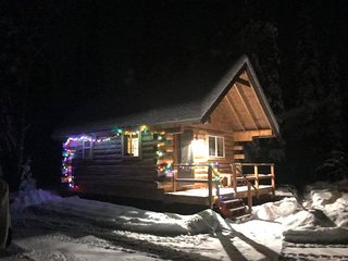 The Meadow Cabin at Paw Print Bed n Sled