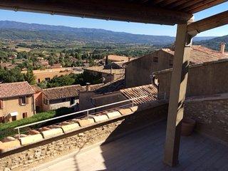 Maison de village avec terrasse solarium